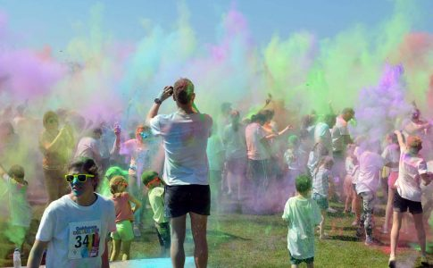 Oakhaven colour run