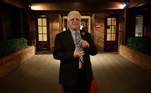 Aeroflex Jon Ginder receiving award