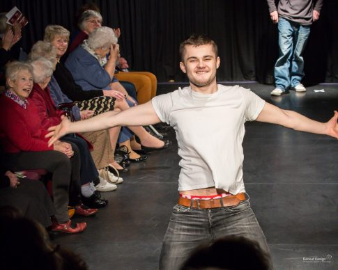 Student modelling on the catwalk