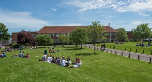 Brockenhurst College main enterance