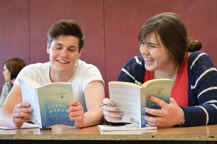 English students reading